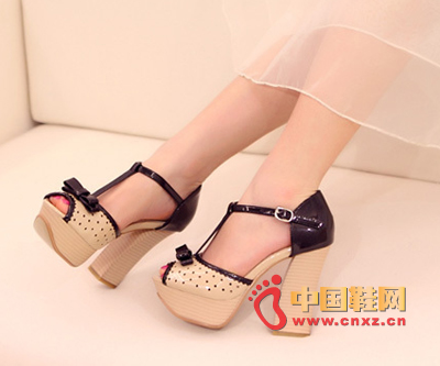 The super high-heeled Japanese high-heeled sandals are loved at the very first glance.