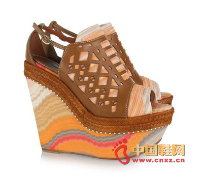 Thick platform wedge shoes