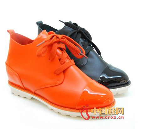 The bright orange-red color is bright and bold, passionate, and exudes a youthful, energetic atmosphere.