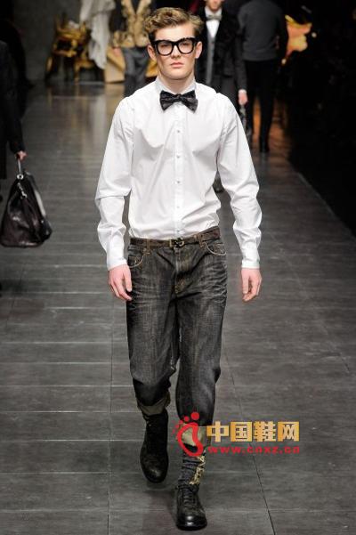 Classic Bow Tie: Dolce&Gabbana Show Autumn/Winter 2012-2013 Show