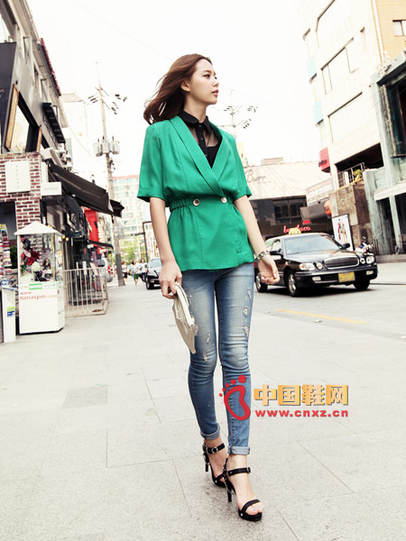 In the sleeves, cotton and linen materials, refreshing leisure JK, moderate thickness shoulder pad shoulder treatment