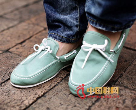 Fresh-toned sailing shoes, soft and fresh green, very handsome