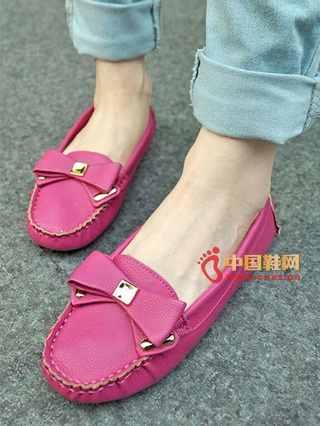 Delicate fold round flat-bottomed shoes, super soft and comfortable on the top, bow decoration, comfortable and generous.