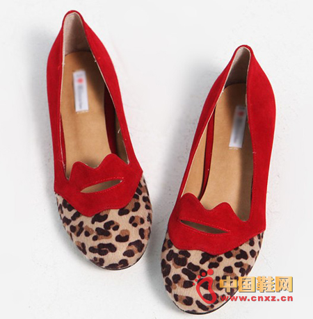 Leopard print color casual shoes, color is suitable for autumn, shallow mouth flat bottom section