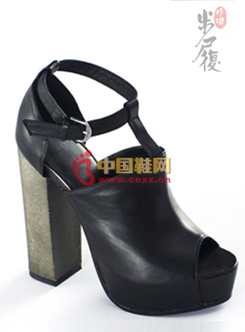 Exquisite soft dough leather ethnic fish mouth shoes