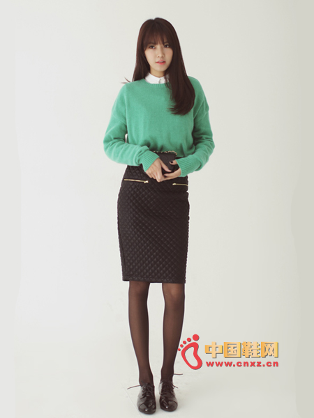 Warm and delicate wool knitwear, the best of autumn and winter, the color is very fresh