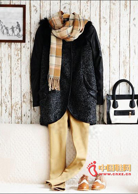 What is indispensable in winter is thick coats and scarves, etc.