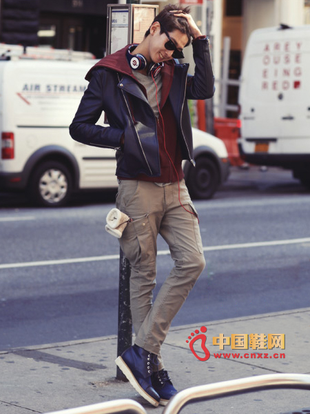 Basic zip zippered suede jacket, do not feel monotonous color, navy blue is very attractive