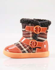 Orange: Use classic canvas grid stitching bright orange leather upper, so that children's boots are full of retro yet stylish