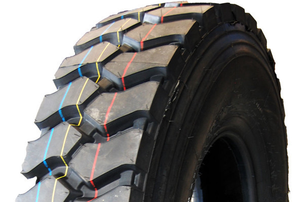 轮胎寿命为何不长 大多都是磨损惹的祸1.jpg