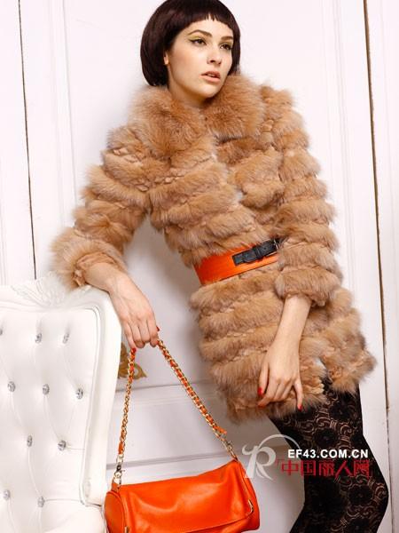 播秀女装2012冬季温暖来袭 奢华感皮草出街吸睛No.1