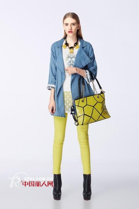 黄绿色单品怎么搭配   黄绿色外套或裤子怎么搭配