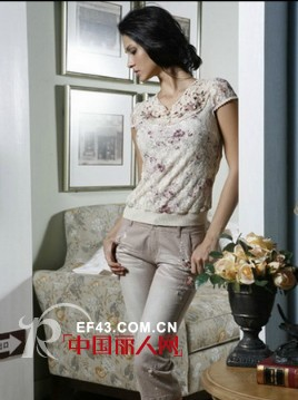 永恒颜色品牌女装 对经典与传统全新演绎