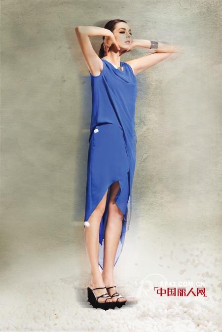 台绣TGGC尖端品牌女装 春夏潮流新元素:不规则设计