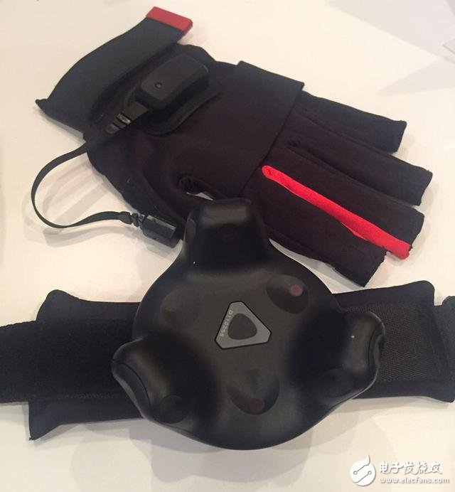 CES2017 is not hot first HTC is the first to release two new Vive accessories