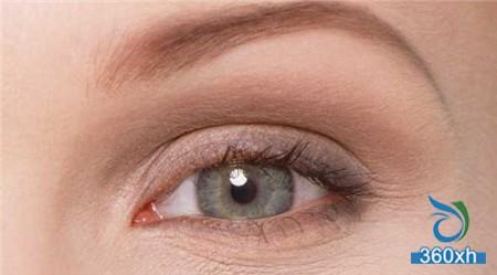 Five-step eye massage to help you remove dark circles