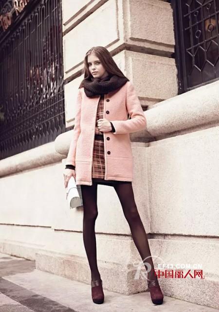 呢子外套什么颜色好看 长款呢外套搭配