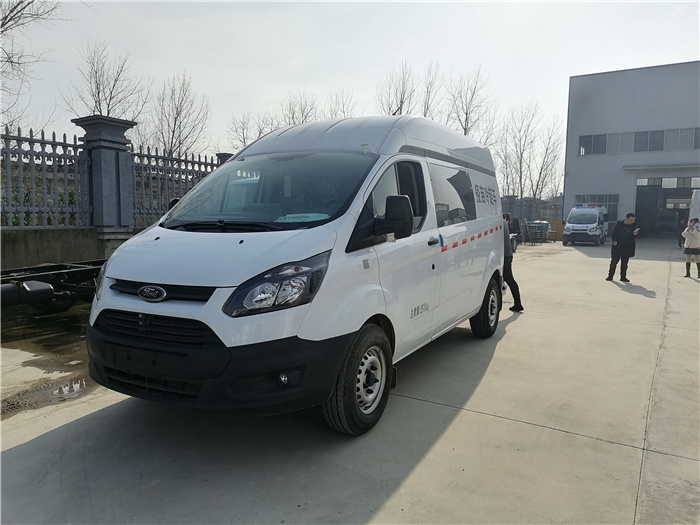 Vaccine cold chain vehicle offer_gasoline automatic transmission 2.0T vaccine transfer vehicle_for CDC