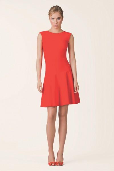 为女性的美丽和舒适而设计--Issa新品女装
