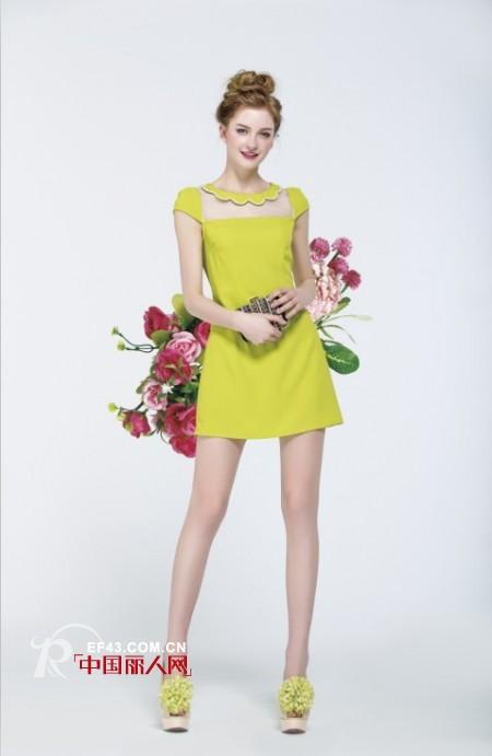 臀部比较宽的女生适合穿什么裙子 什么款式比较显瘦