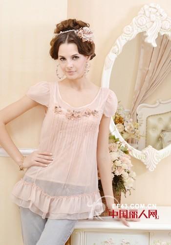 梦丽莎女装 彰显女性的高贵浪漫之韵
