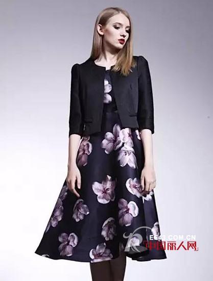 CARMEN 新款 | 熱播劇《克拉戀人》唐嫣同款複古花朵裙