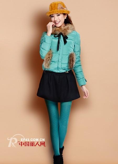 秋冬穿什么颜色打底袜好 亮色打底袜配什么颜色外套