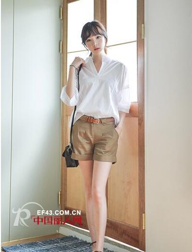 夏日白色衬衫怎么搭配让你穿不腻?