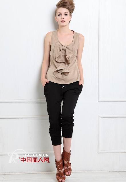 凯莱美时尚女装 演绎女人的中性美