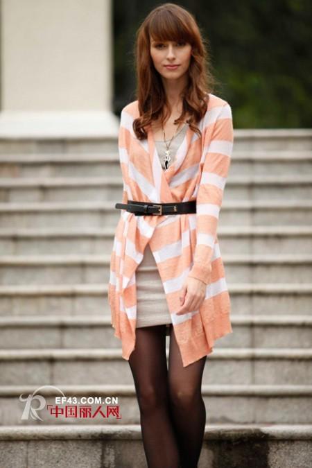 初秋怎么搭配才时髦 今年秋季时装在流行什么