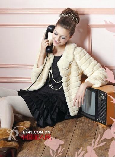 P2S优雅少淑装  皮草穿出优雅、浪漫小香风