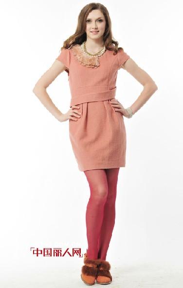F.NY法妮时尚女装  勾勒一道绚丽多彩的都市风景线