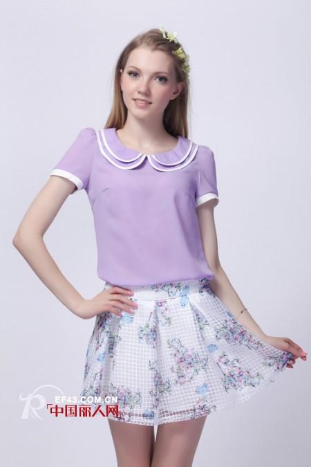 紫色雪纺衫怎么搭配 俏皮小短裙搭出韩范儿