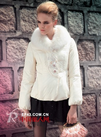 SISAXU时尚轩女装  出色表达优雅婉约的气质