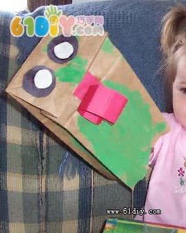 Paper bag animal handmade - frog