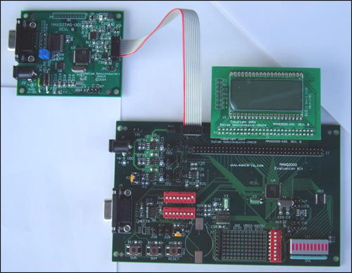 Figure 2. MAXQ2000 evaluation board and JTAG board connection