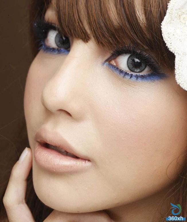 Teach you the charm of purple smoked eye makeup