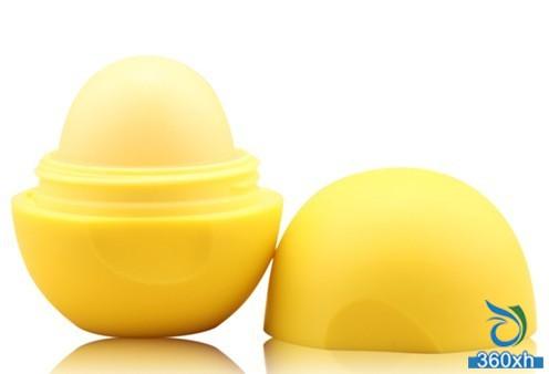 Kevin teacher shares lip care coup - autumn favorite candy lip balm
