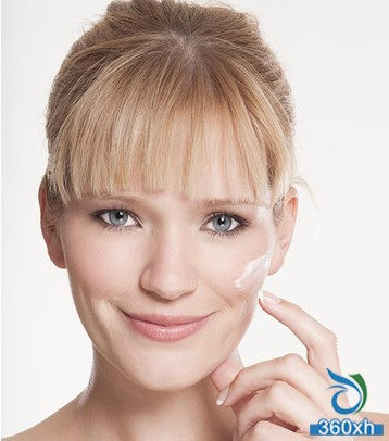 Skincare Moisturizing Lotion Learn more Do you really use it?