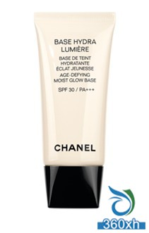CHANEL moisturizing light makeup before the milk is fully listed