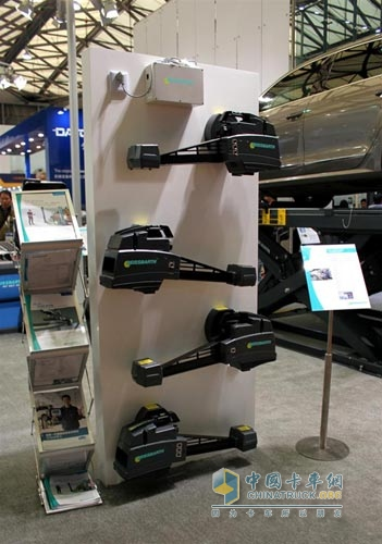The world's latest launch of the new generation of stereoscopic imaging wheel alignment LS-TECH+