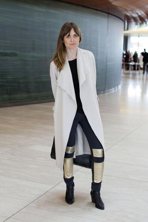 长款大衣可以塑造流畅的线条