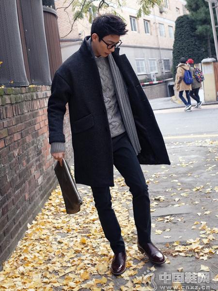 经典版型的大衣