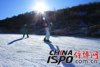 长城岭滑雪