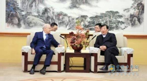 Chairman Tan Xuguang met with AVL Chairman and CEO Liszt