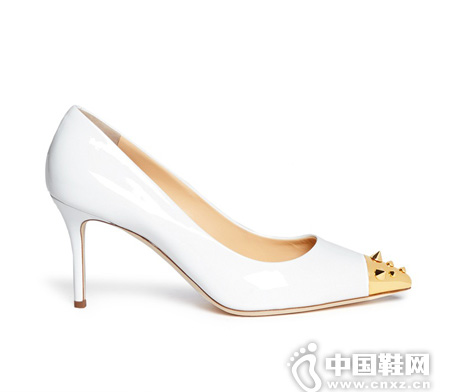 GIUSEPPE ZANOTTI 金属铆钉漆皮高跟鞋