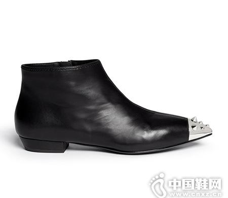 GIUSEPPE ZANOTTI 金属铆钉真皮尖头短靴