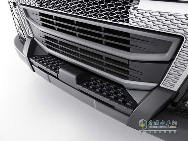 Volvo trucks new heavy-duty bumper