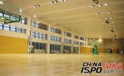 Sports wood floor