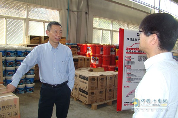 Cummins Vice President Wang Ning Visits Shaanxi Auto Dealers